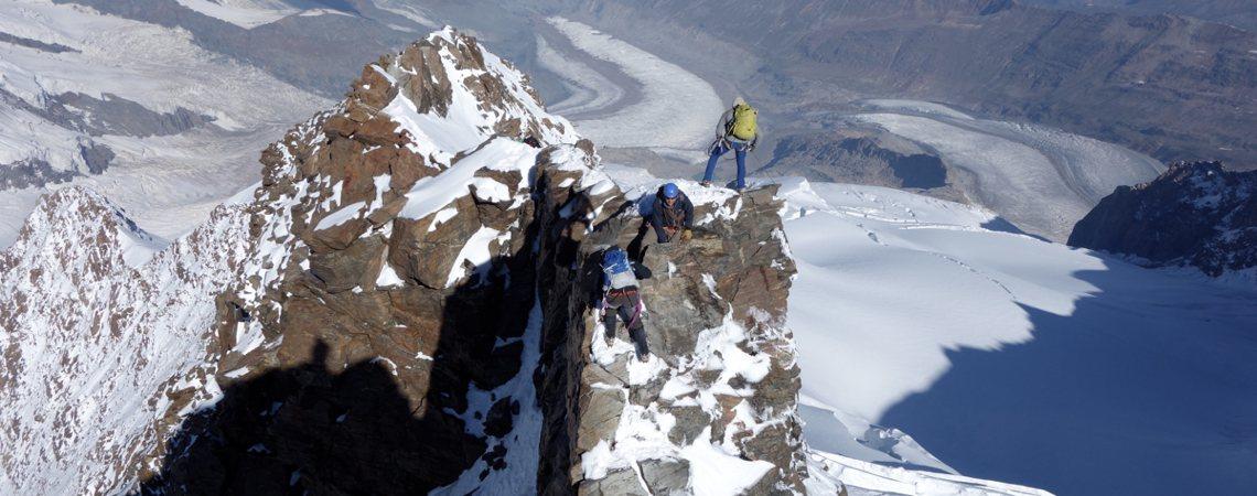Hochtour Dufourspitze / Knackige Kletterei